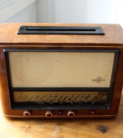 Urne Radio Vintage